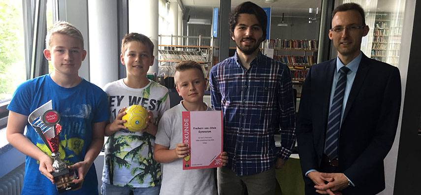 Stark besetzter NRW Schulschach-Cup 2018: FVSG erobert Platz 3