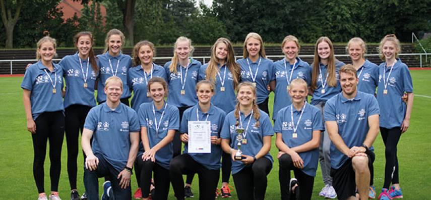 Bünder Mädchenteam erlebt Sommermärchen